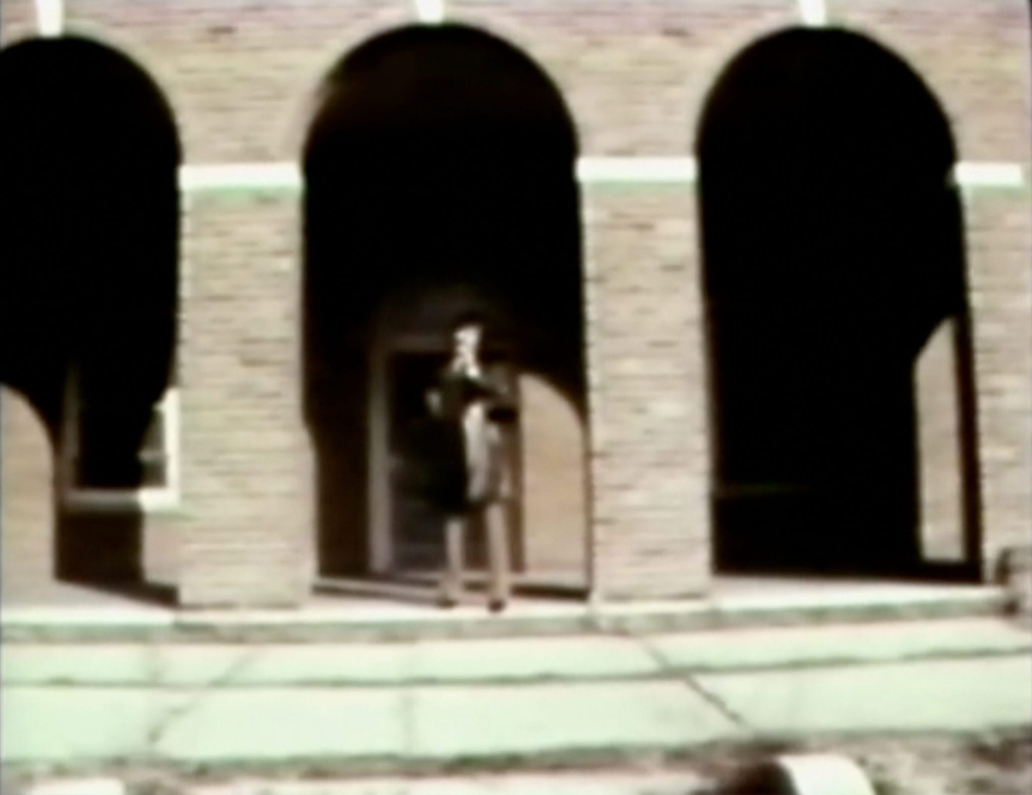 Geraldo River on the steps of Willowbrook speaking to the camera with a microphone in hand